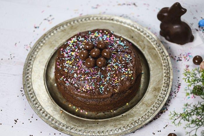 vegan chocolate cake finished