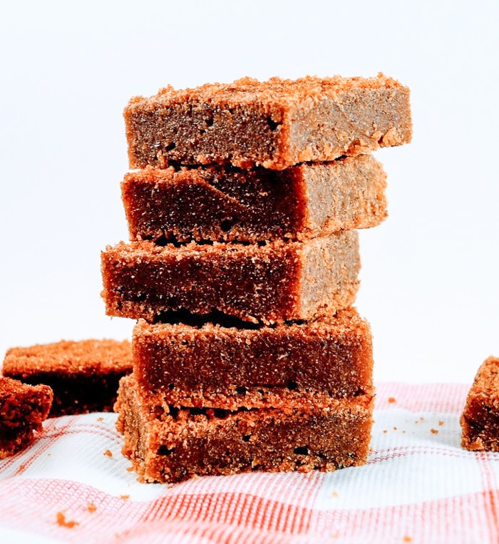 easy vegan cinnamon bars